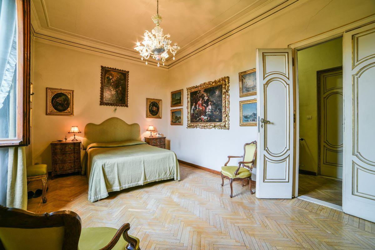 Classic Italian Villa For Sale Near Florence