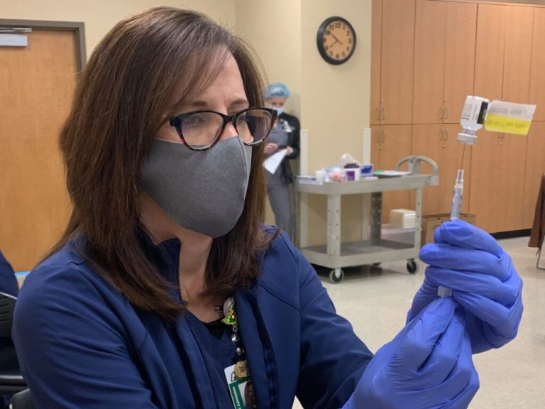 Blue Cross and Blue Shield of Alabama to cover 3rd dose of COVID-19 vaccine for those eligible