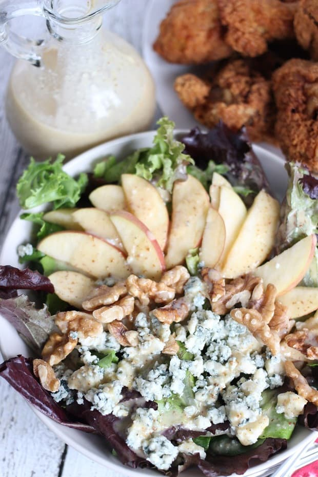 ThisApple Walnut and Blue Cheese Salad Recipeis easy, delicious, and will make you wish it was summer all year long!