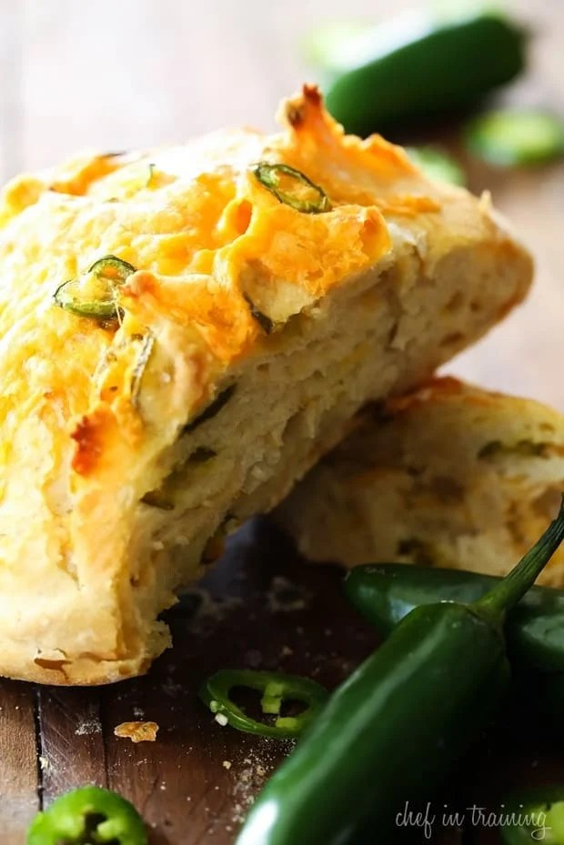 This No-Knead Jalapeño Cheddar Bread recipe has a kick of heat and a balance of cheddar to compliment it. It is a great blend of flavors and ingredients.