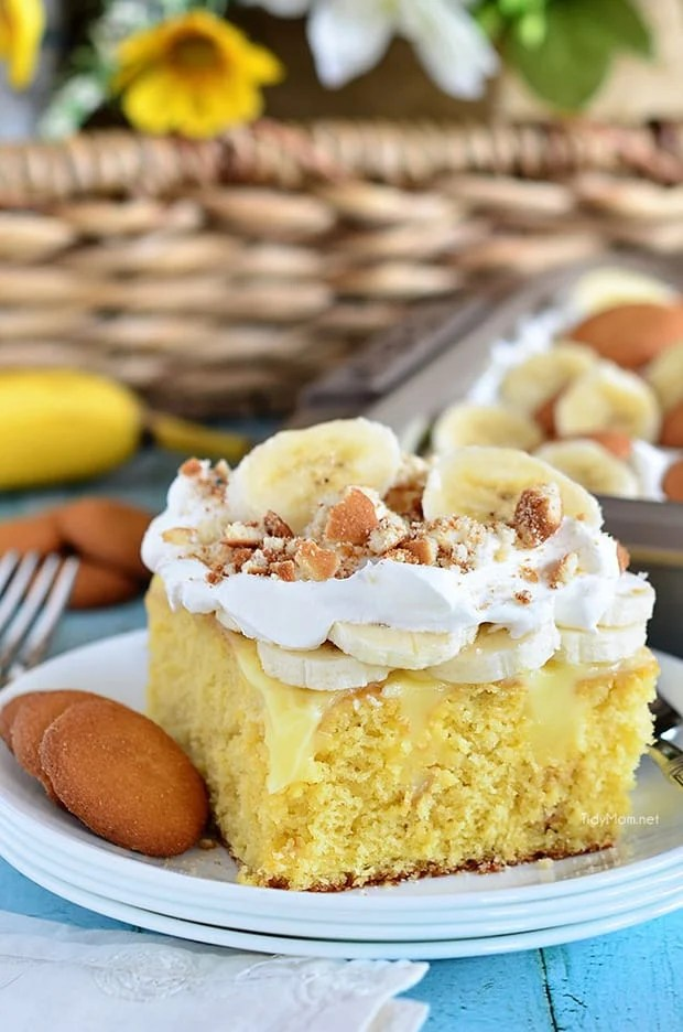 All the flavors you love in banana pudding come together in thisBanana Pudding Poke Cake. Trust me on this, this cake tastes every bit as good as it looks — it's hard to go wrong with banana pudding and vanilla wafers.
