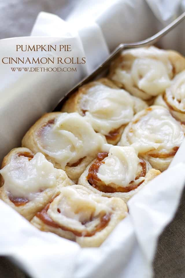 Pumpkin Pie Cinnamon Rolls – Cinnamon Rolls in under one hour made with refrigerated dough, a deliciouspumpkin filling, and an incrediblepumpkin pie spice cream cheese frosting!