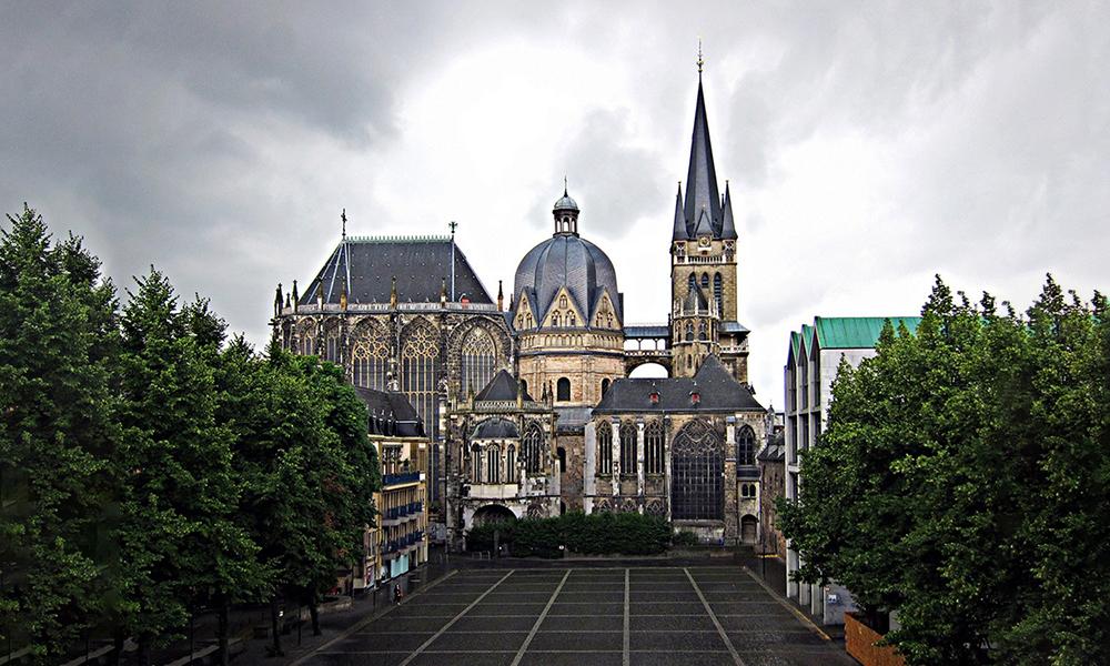 Catedral De Aquisgr 225 N