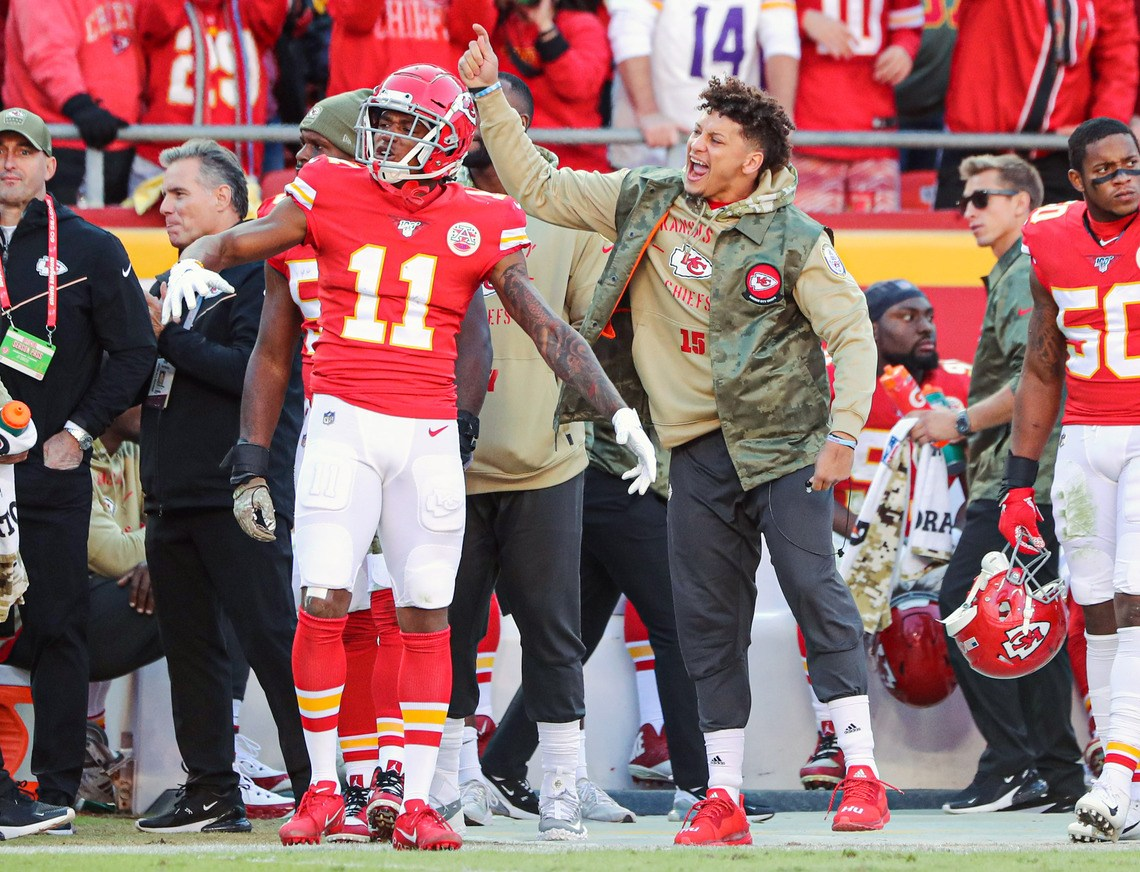 x9JsT9 - Patrick Mahomes and Once-Struggling Chiefs Could Ride Second-Half Surge to Super Bowl