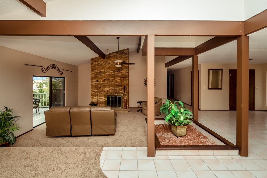 Lakeview Home in Lake Havasu w  Indoor Pool  721 Donner Cir Fireplace in lake havasu