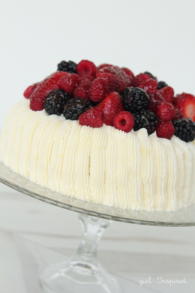 Berry Topped Cake - so easy to decorate with stunning results.