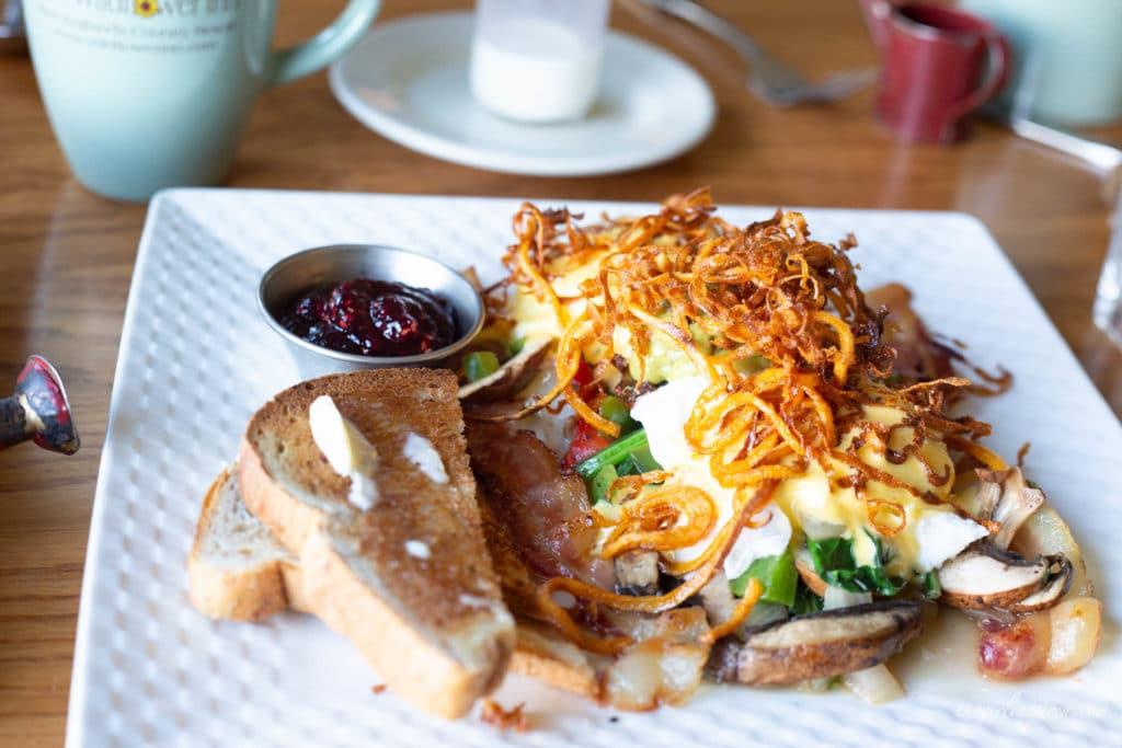 breakfast at the Wildflower Inn