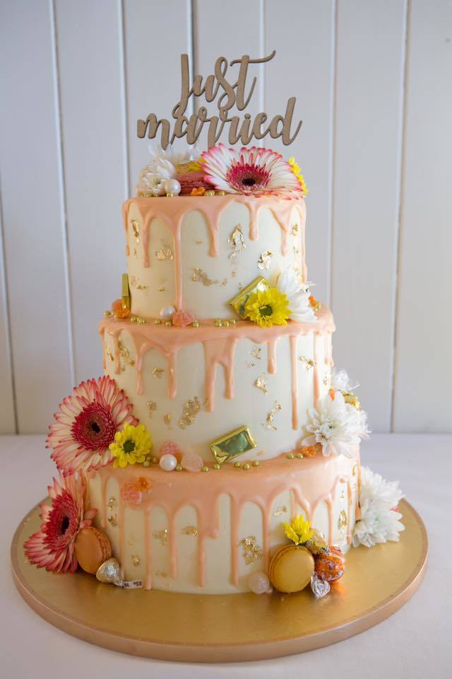 Three Tier Drip Wedding Cake The Girl On The Swing