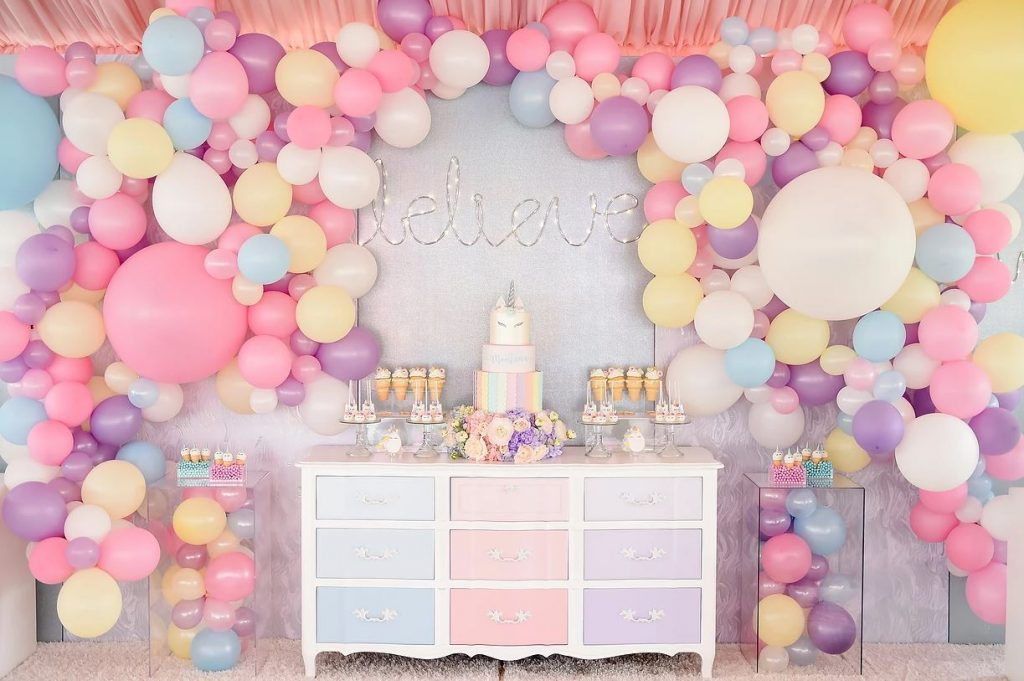 Party Table Decorations Centerpieces
