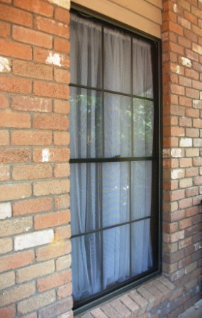 Cleaning Windows And Mirrors Made Quick And Easy The
