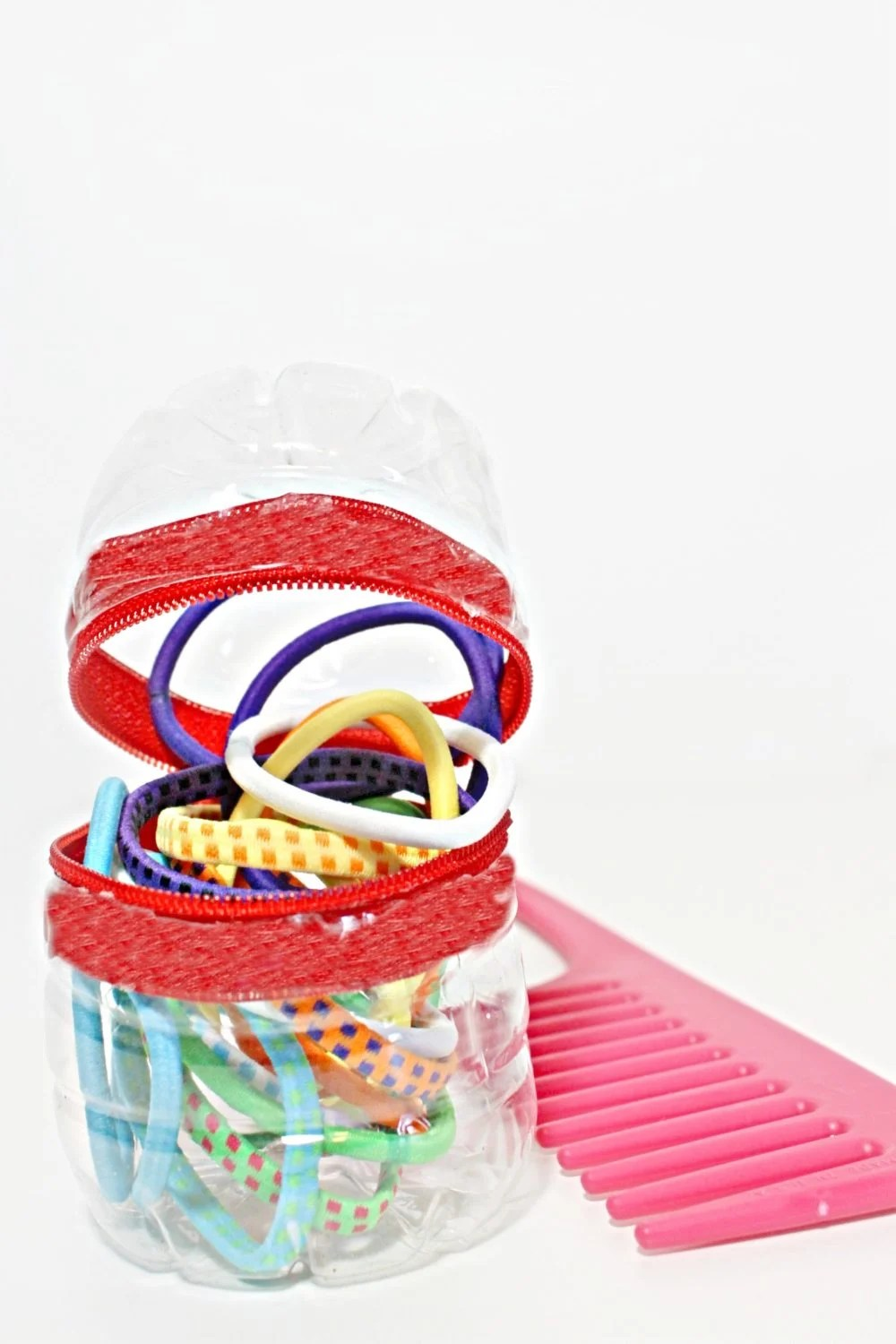 DIY zippered snack box