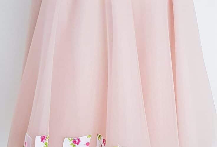 How to hem tulle