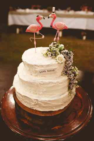 Amazing Wedding Cakes Buttercream Flamingo Topper   The Wedding Playbook Save