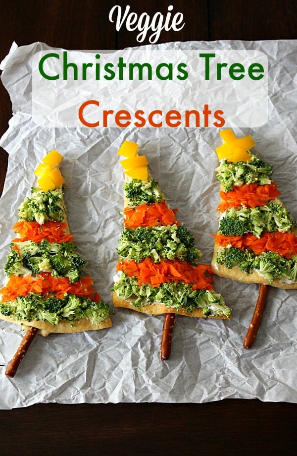 Veggie_Christmas_Cheese_Crescents