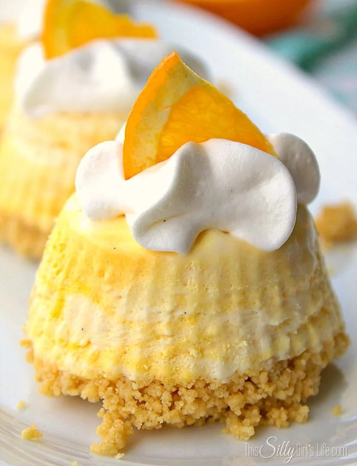 Individual Frozen Creamsicle Pies, mini pies with the flavors of the classic creamsicle, perfect for parties or an anytime treat! - ThisSillyGirlslife.com #ad #AmazingInside