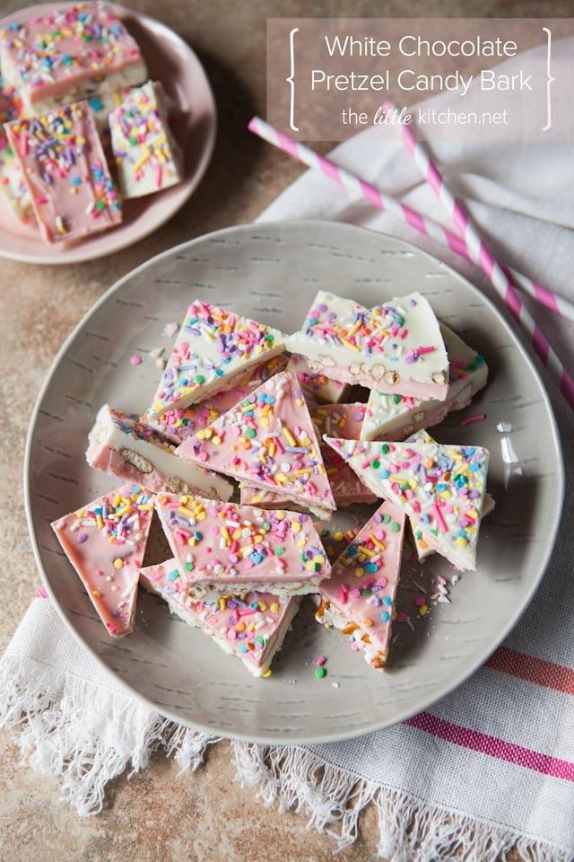 white-chocolate-pretzel-candy-bark-6780
