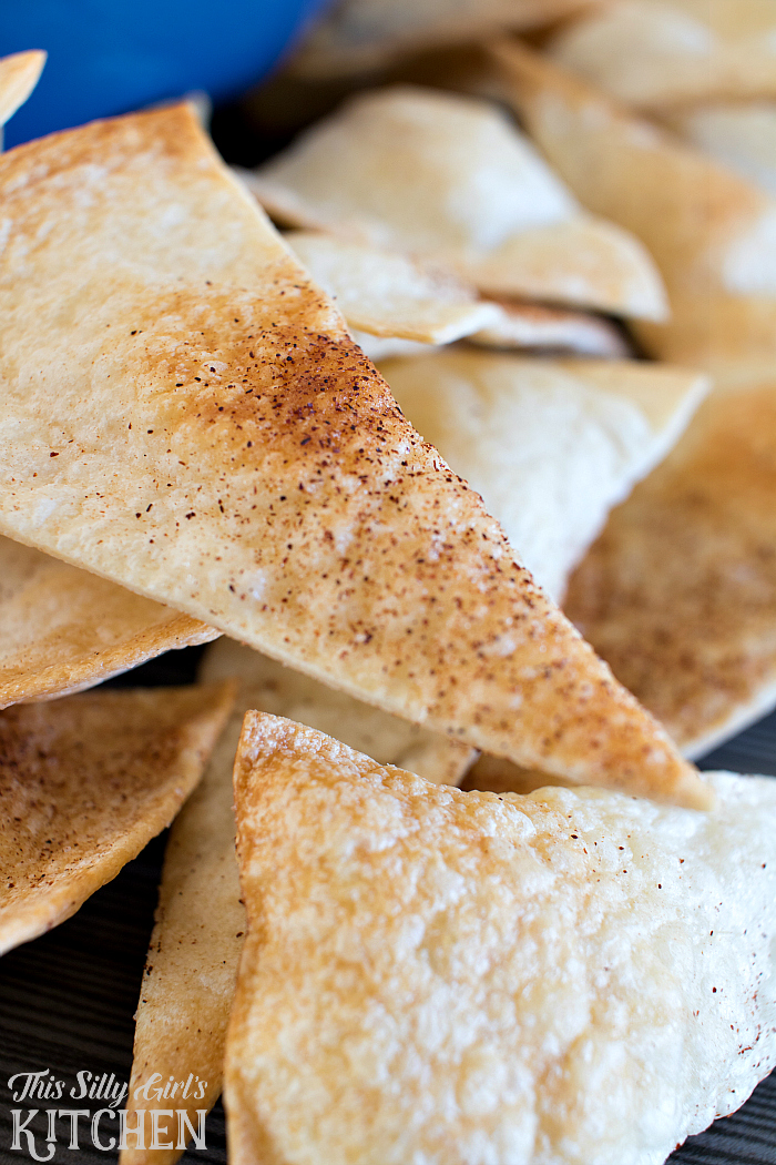 Cookie Butter Dip, luscious and creamy dip served with cinnamon sugar tortilla chips! from ThisSillyGirlsLife.com #gotortillaland #partyfood #ad
