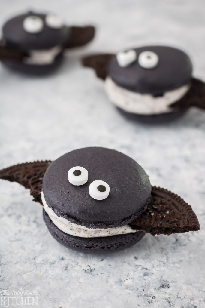 16 Spooky Sweet Halloween Desserts- Be creative and let your imagination loose this Halloween with these 15 fun Halloween desserts! There are so many delicious treats to choose from! | baking, cupcakes, cookies, cakes, donuts, pumpkins, monsters, food, #Halloween