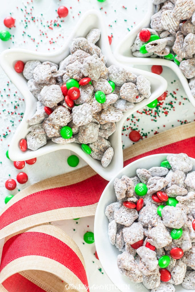 Star snapped bowl filled with Reindeer Chow Muddy Buddies