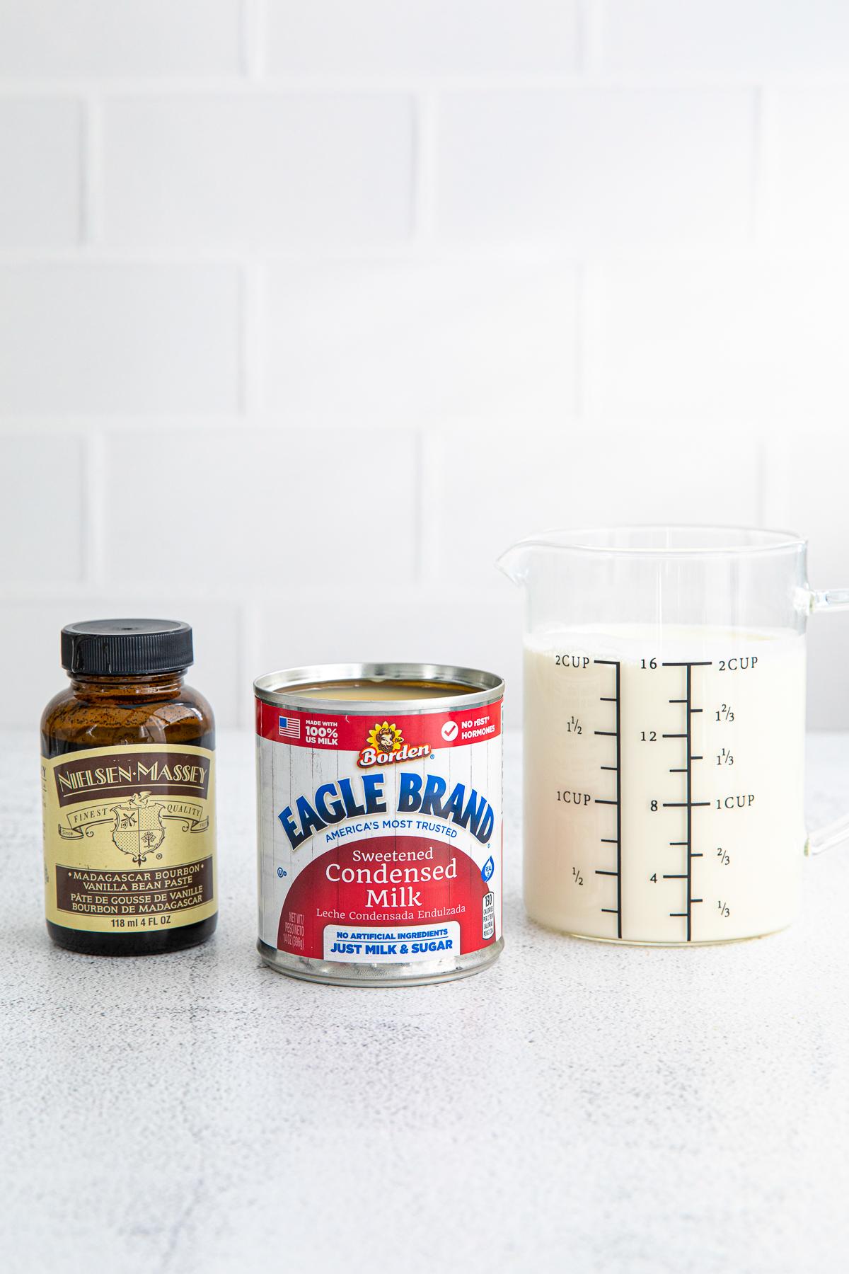 Ingredients needed to make No Churn Vanilla Ice Cream