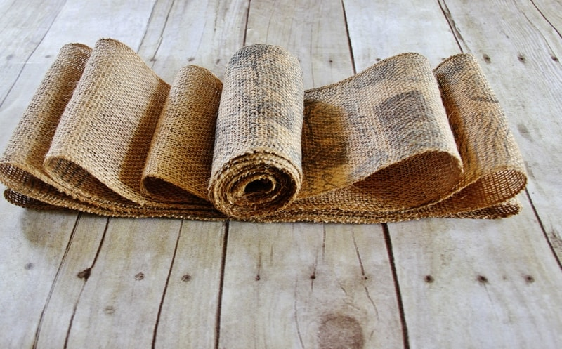how to make a burlap bow steps with burlap ribbon