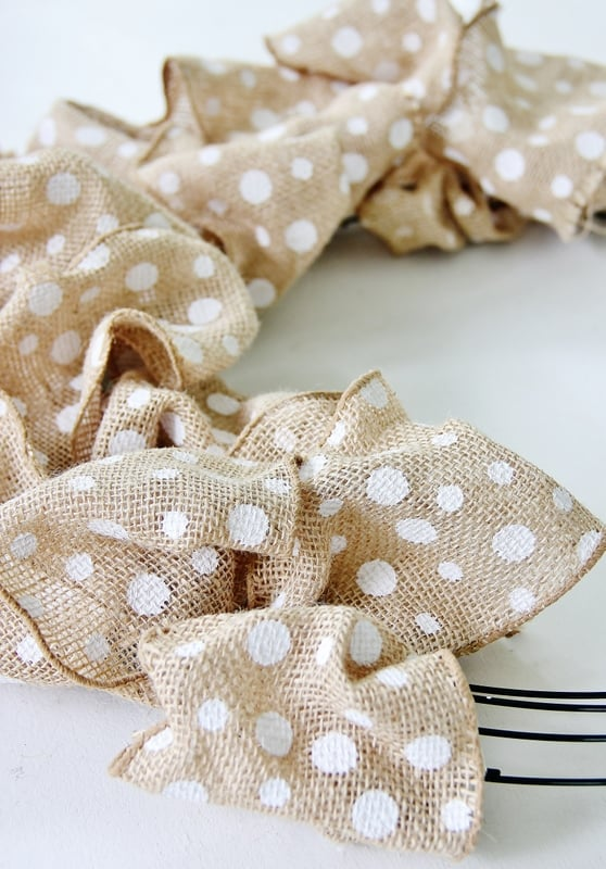 Make a poof with the ribbon