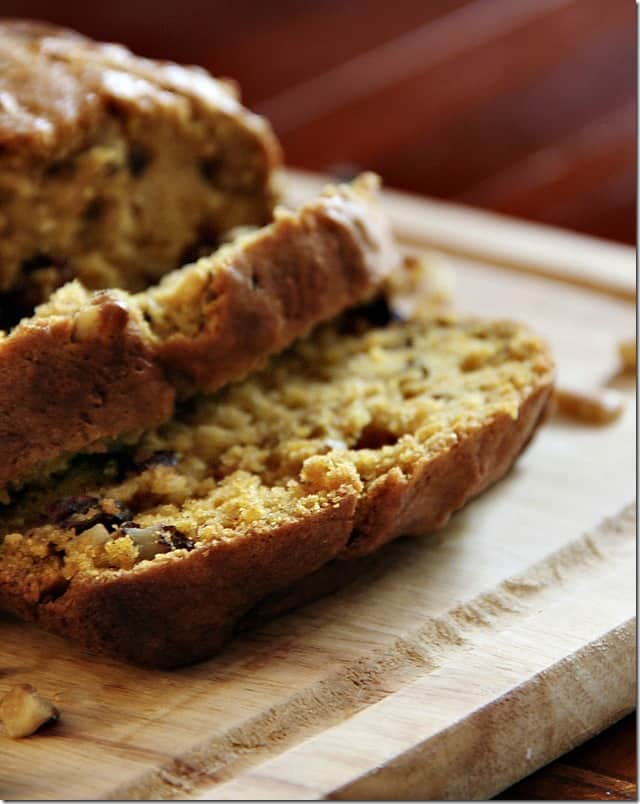 This walnut raisin pumpkin bread recipe is easy and so yummy.