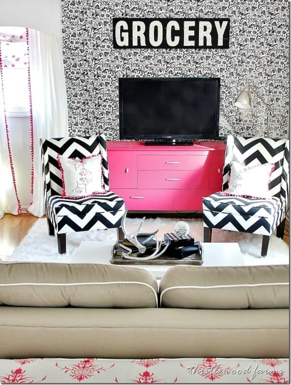 budget-decorating-living-room