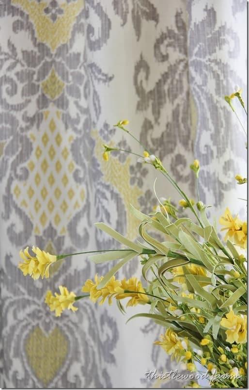 damask-fabric