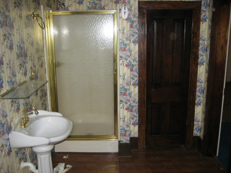 Old wallpaper with unflattering designs should be removed from your home to improve design.