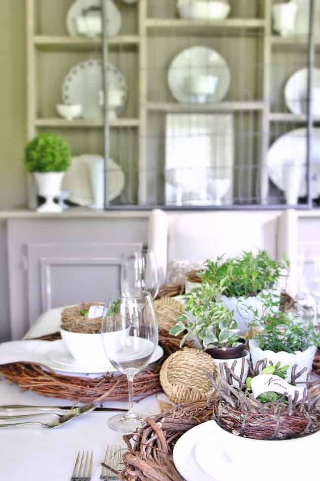 dining room place settings