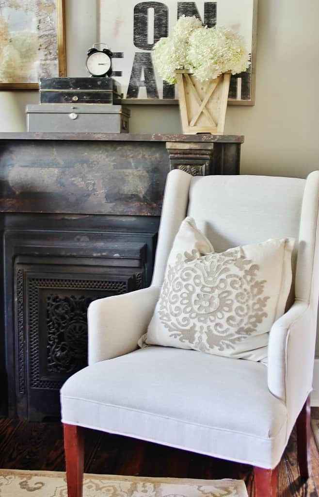 Decorating With Hydrangea In the Living Room