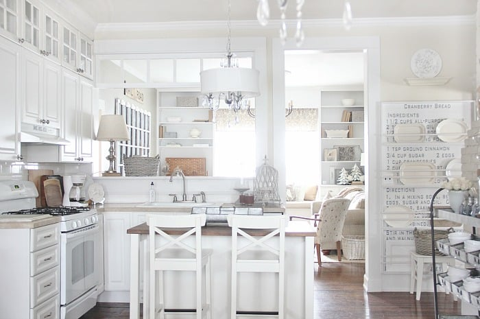 farmhouse kitchen picture