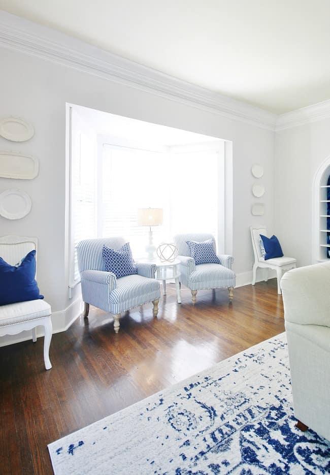 blue and white decor bay window