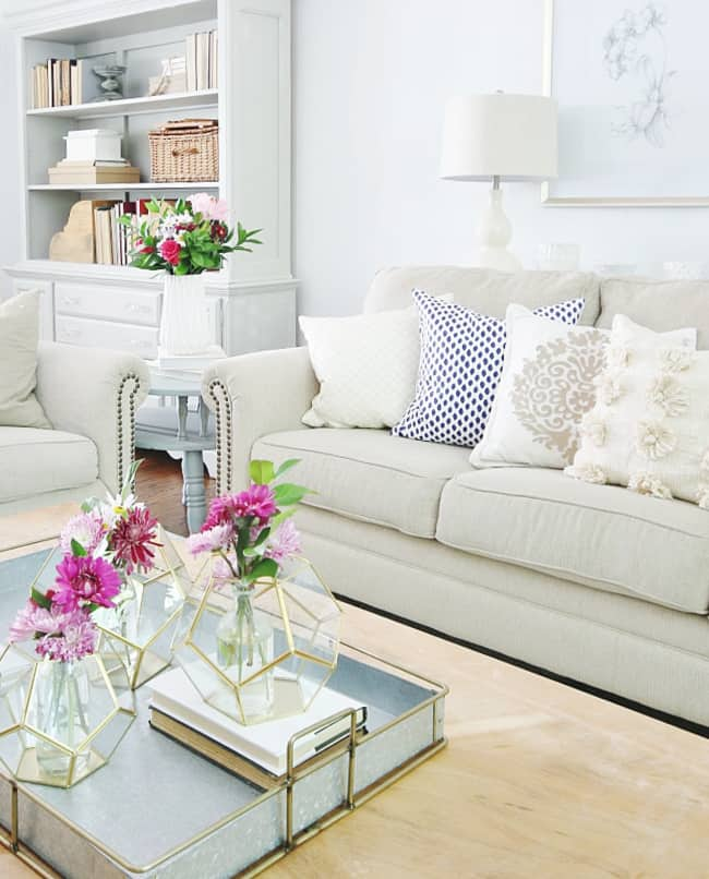 how to choose a lamp shade family room