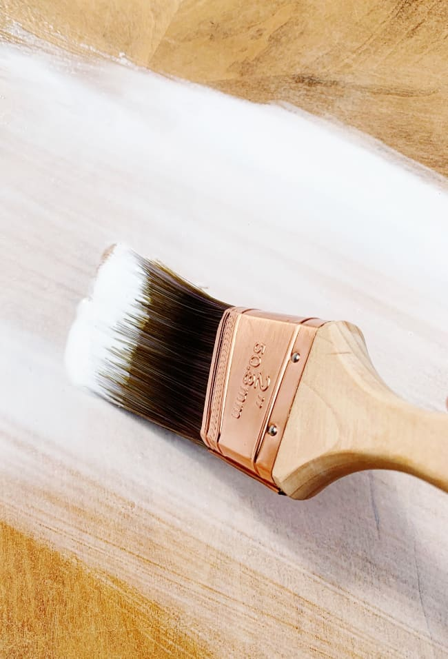 create a crackle finish for your table with glue