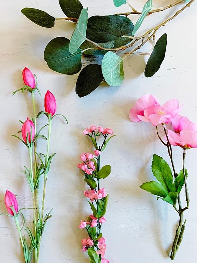 DIY spring wreath flowers and eucaplytus