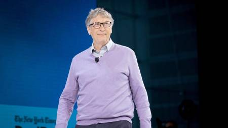 Bill Gates Steps Down From Microsoft's And Berkshire Hathaway's Boards Of  Directors