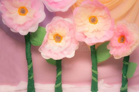 Large tissue paper flowers flower shop near me flower shop giant tissue paper flowers easy paper craft diy country hill cottage learn how to make giant tissue paper flowers you can create the flowers in any letras mightylinksfo