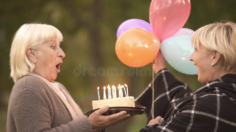 Candles Birthday Stock Images Download 22 724 Royalty