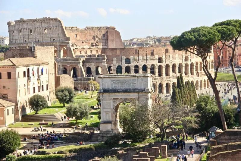 Rome, Colosseum And Forum Romanum Editorial Photo - Image ...