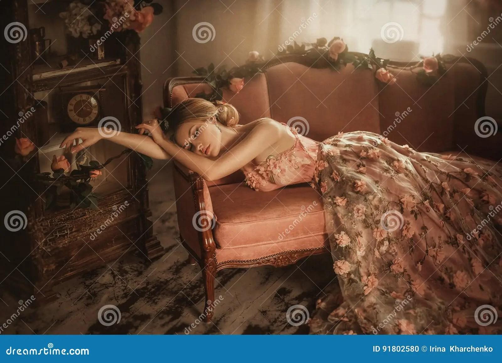 zelo sleeping beauty - 1000×667