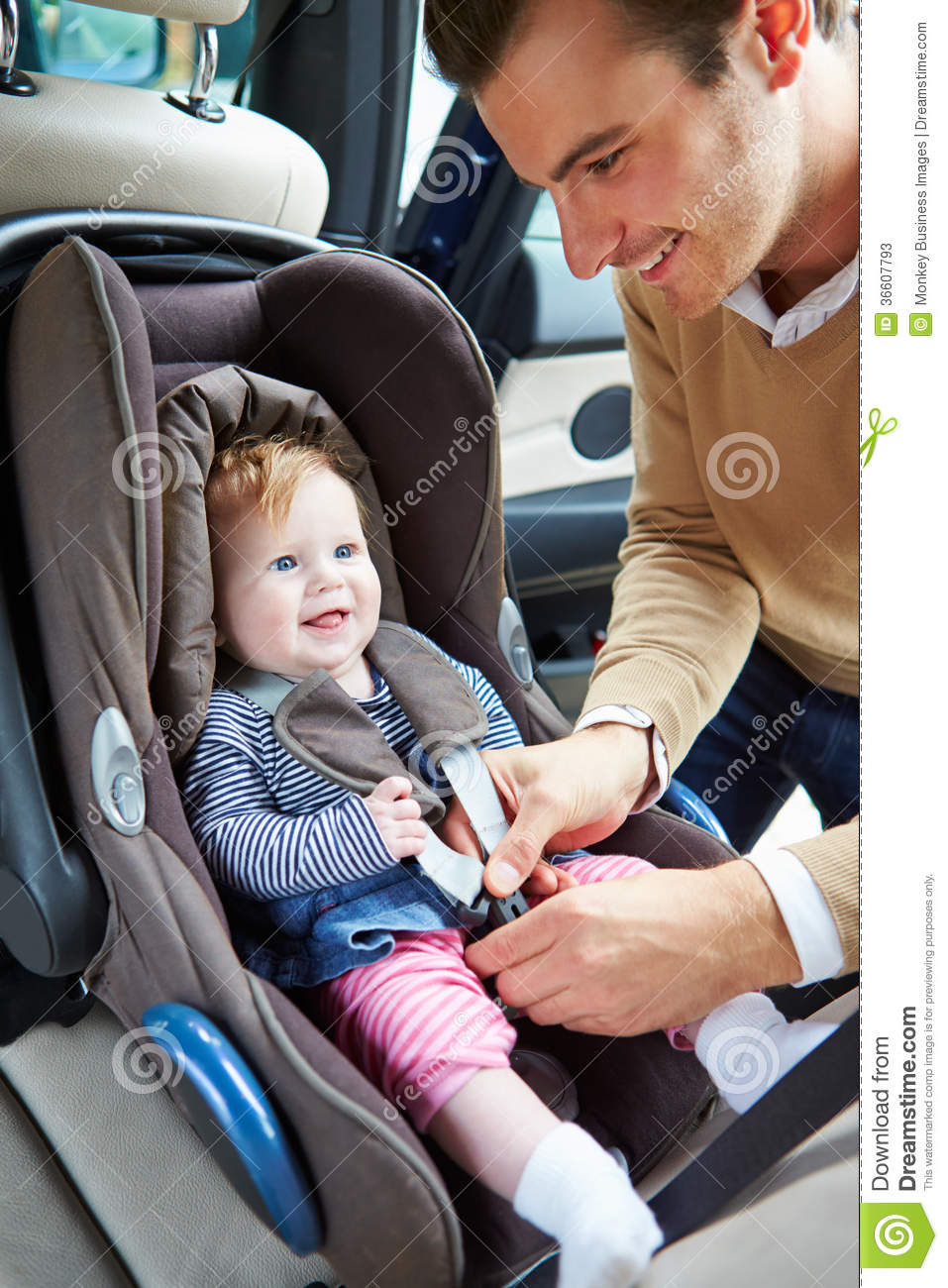 Father Putting Baby Into Car Seat Stock Photos Image 36607793