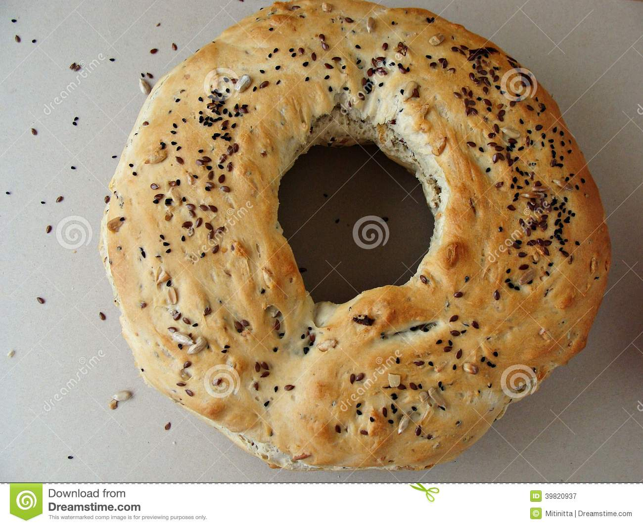 Round Bread With Hole And Seeds Stock Image - Image: 39820937
