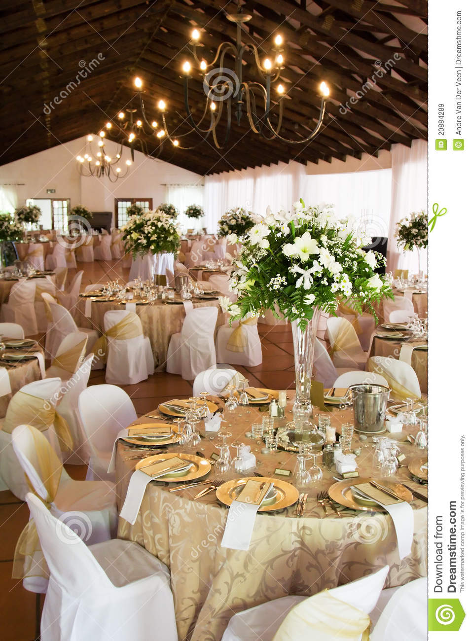 Marriage Table Decoration