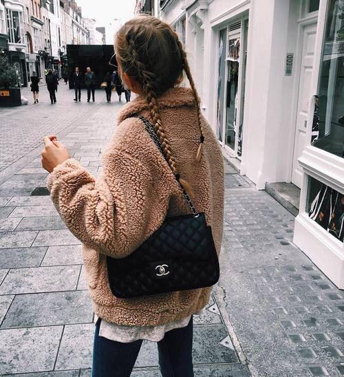 015ece7b33 Őszi kabát divat 2017 - ezek a legdivatosabb darabok idén!