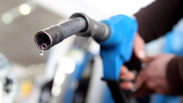 dicas para economizar gasolina ao dirigir