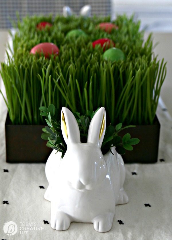 Easy Easter Table Decorations   Today s Creative Life Easy Easter Table Centerpiece   Easter Decorating Ideas   Budget friendly  Decor   Easter Table Ideas