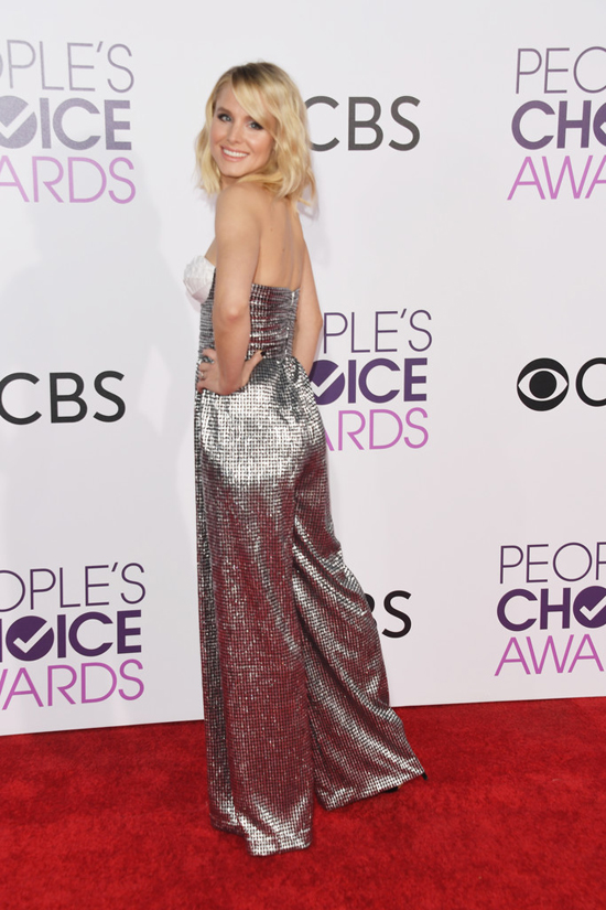 Kristen Bell in Rasario at the People's Choice Awards 2017 | Tom + Lorenzo