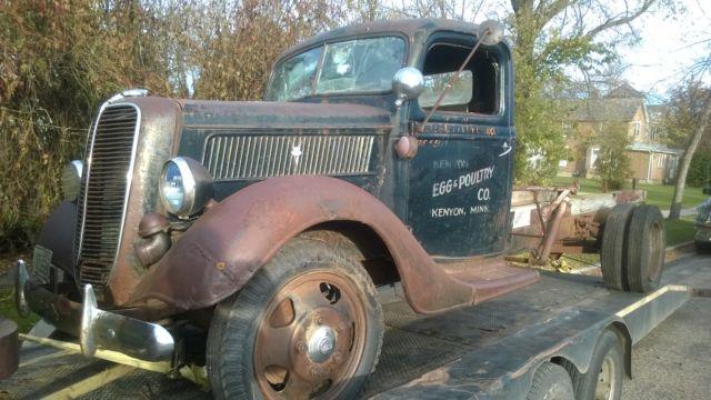 1945 Chevy Truck Rear Fenders